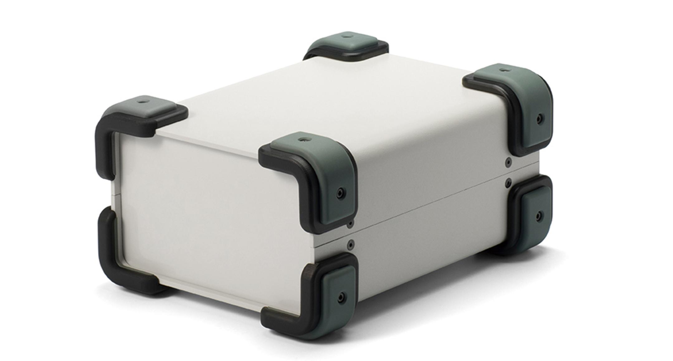 コーナーガード付フリーサイズケース UCGSシリーズ:ライトグレー/グレーの画像