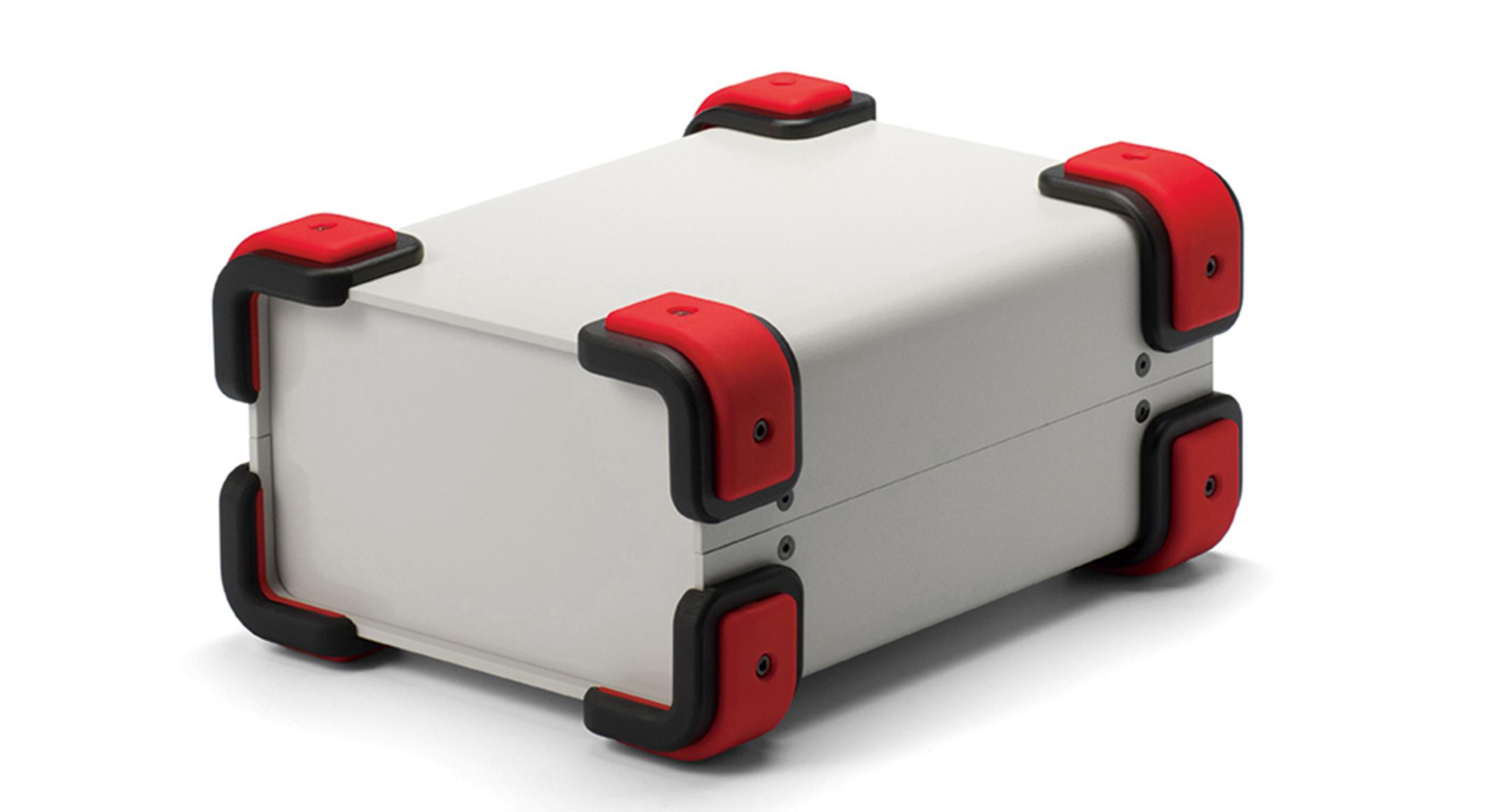 コーナーガード付フリーサイズケース UCGSシリーズ:ライトグレー/レッドの画像